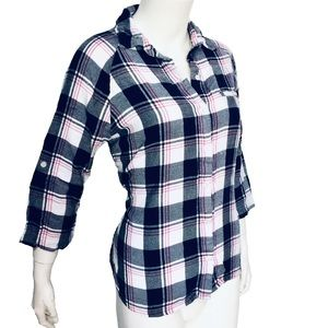 ATTENTION | Women's Button Down Shirt Plaid Small